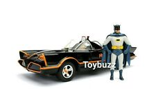JADA 1:24 METALS 1966 TV SERIES BATMAN BATMOBILE WITH BATMAN ROBIN FIGURES 98259