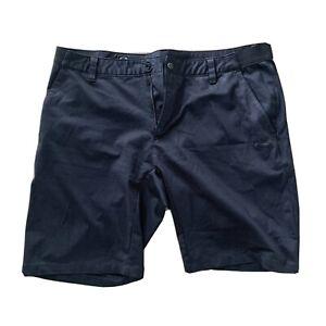 EUC Oakley Men's Smart Casual Shorts Tailored Fit  Size 36