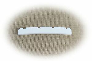 Bone Nut Pre Shaped & slotted for Fender® Jazz Bass - Allparts BN 2351-000