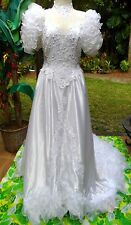 Enormous Super Ruffled Wedding Gown w/Huge Train,Open Back,Full Sleeves 40b,28w
