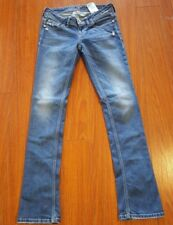 "Guess Size 26 Starlet Straight Leg Medium Wash Low Rise Skinny Jeans 29"" x 32"""
