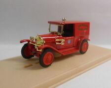Véhicules miniatures rouge Eligor sous boîte fermée
