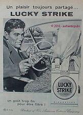 PUBLICITE LUCKY STRIKE CIGARETTES PLAISIR PARTAGE DE 1960 FRENCH AD PUB VINTAGE