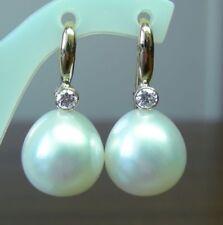 Orecchini di lusso con perle gancetti in oro bianco