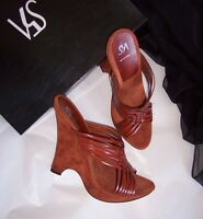 4dbdc362b42c NWB  260 Saks 5th Avenue Brown Leather Suede Slides Sandals Sz 8.5 Made in  Italy