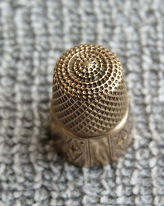 """Gold Thimble Engraved """"EMH"""" Size 7"""