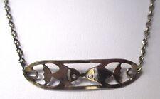 collier ras du cou bijou vintage couleur argent décor plaque ajouré poisson 387