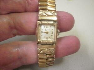 Vintage 17j Lady Benrus Wrist Watch Manual Wind CZ2L2 Caliber 10K RGP Case 2Fix