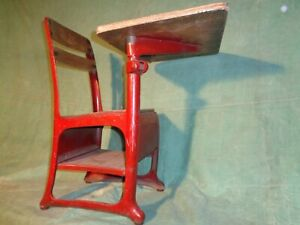 AMERICAN SEATING CO. no. 13 Vintage School Student Child Desk