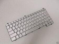 Teclado De Laptop Dell Original Xps M1210 Plata inglés de Estados Unidos PG723 (nuevo)