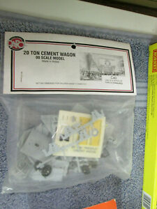 DAPOL C40 20 TON CEMENT WAGON KIT (UNMADE ONOPENED) LOT 2