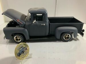 1956 Ford F-100  pick up truck  Route 66  Arizona   primer paint  stepside  1/18