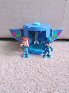 PJ Masks Transformation Playset with Connor & Catboy