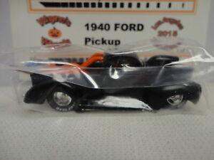 Hot Wheels Custom 1940 FORD PICKUP w/RR Autographed RAOK 2015 LOS ANGELES Conv
