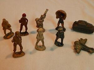 Vintage 1940s lot of 7 soldiers, 1 tank and 1 airplane. Wartime production.