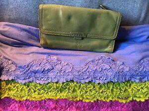 Fossil Kiwi Green Smooth Leather Organizer Checkbook Purse SnapWallet/Clutch