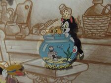 DISNEY CLEO KISSING FIGARO PIN ON HIS NOSE FROM PINOCCHIO FRAMED SET FISHBOWL