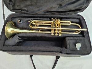 Bach TR300 Student Trumpet with Mouthpiece and Case