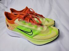 Womens Nike Zoom Fly 3 size 8