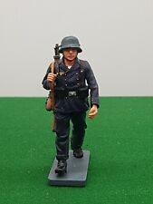 KING AND COUNTRY WW2 GERMAN SOLDIER BOXED 923