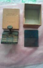 Chi-Namel ~ SELF-GRAINER And Comb  in original box