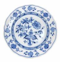 Meissen Blue Onion Scalloped Plate White Blue 9 7/8
