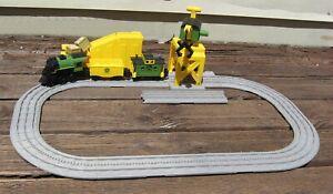 Lionel John Deere Imagineering Train Set 6 Foot Track 7-11579
