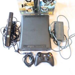 Xbox 360 Elite 120 GB, Kinect, 1 Kontroller + Spiel, Neuwertig