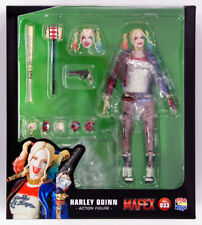 Medicom MAFEX 033 Harley Quinn from Suicide Squad Figure