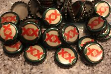 100 DOS EQUIS XX DARK GREEN RED GOLD BEER BOTTLE CAPS NO DENTS FREE SHPG!