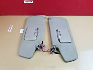 2006-2008 Jeep Commander Left & Right Sun Visor Set W/ Covered Mirror & Light