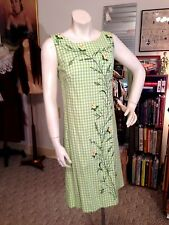 Exceptional Vtg. 50's Rose Bud Embroidered Gingham Sheath/Signed by Serbin