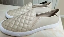 GUESS QUILTED SLIP ON SNEAKERS WOMENS SIZE 9M