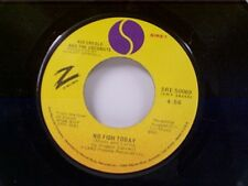 """KID CREOLE & COCONUTS """"NO FISH TODAY / I'M A WONDERFUL THING BABY"""" 45"""