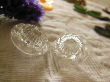 duo boutons anciens en verre transparent motif relief diamètre: 2,2 cm D12N