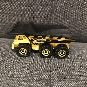 2005 Matchbox (3-Axle Dump Truck) Yellow MB536  2001 Mattel COMBINE SHIPPING