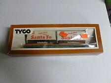 TYCO HO SCALE ELECTRIC TRAINS  FLAT CAR SANTE FE PIGGY BACK SERVICE inv. 291