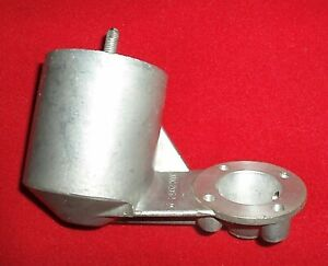NEW OLD STOCK HD TYPE SU CARB 30 DEGREE T2 FLOAT CHAMBER. AUC 2062. mg magnette.