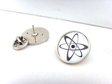 ATOM SYMBOL ATOMIC CHEMISTRY PHYSICS NUCLEAR BIO RADIATION LAPEL PIN BADGE GIFT