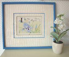 Encadrement d'art dune carte postale sur le thème de l'Iris