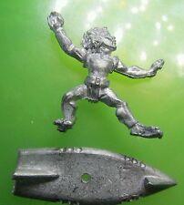 Sky surfer judge dredd 2000 A.D metal  citadel GW games workshop i.p.c #C