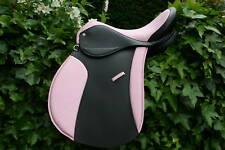 HERITAGE GP,PONY,VSD SADDLE FOR MANCHESTER CITY/UNITED BARBIE FAN PINK BLUE RED