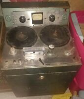 AMPEX MODEL 300 MONO REEL TO REEL TAPE MACHINE W/ RARE ORIGINAL BATHTUB CABINET