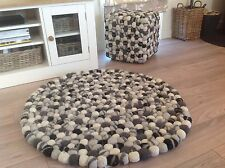 ❤️ Grey White Pom Pom Felt Wool Balls Rug Round 90cm x 90cm Hand Made Indian