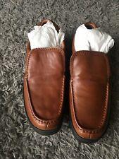 New Men's Clark's shoes size 10