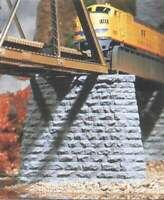 # 0400628001005 1930/'s Highway Pier HO Scale Model Railroad Bridge