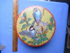 Beautiful Vintage Bird and Flower Tin in Excellent Color and Design