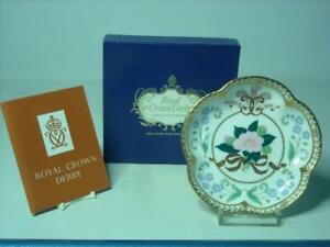 2005 Royal Crown Derby WEDDING PRINCE OF WALES CHARLES & CAMILLA Five Petal Dish
