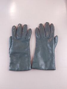 Italian leather gloves in dark green, lined in lambs wool, made in Italy size 8