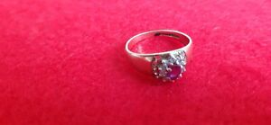 Stunning Ladies Ring - 9ct Gold Hallmarked ruby diamonds?